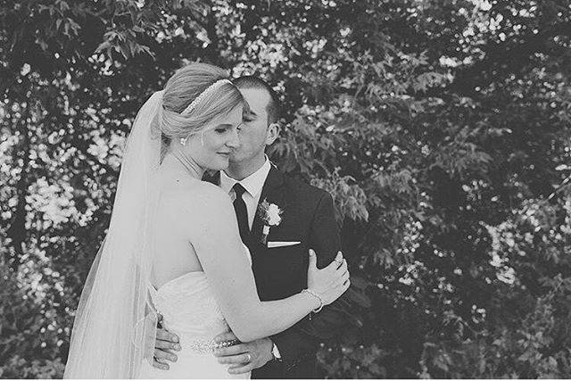 So much love ❤ Last weekend we celebrated with Michelle and Nick at @hockleyvalleyresort! 📷: @kuczakfoto #mrandmrsmeesh