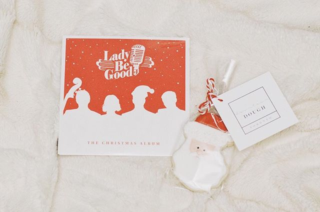 Oh heyyy 👋🏾 I wanted to pop by Instagram to say HI and had to share some love to Kat, George, Evan and Louis of @ladybegoodto. They hand delivered a lovely holiday gift box and I've been playing their holiday CD during my drive into work! Thanks guys ❤ #happyholidays #torontoband #christmasmusic