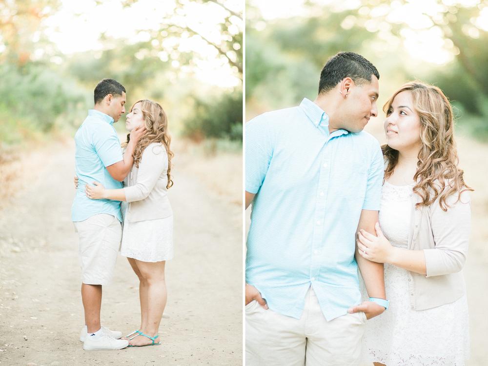 romantic-woodsy-engagement-6.jpg