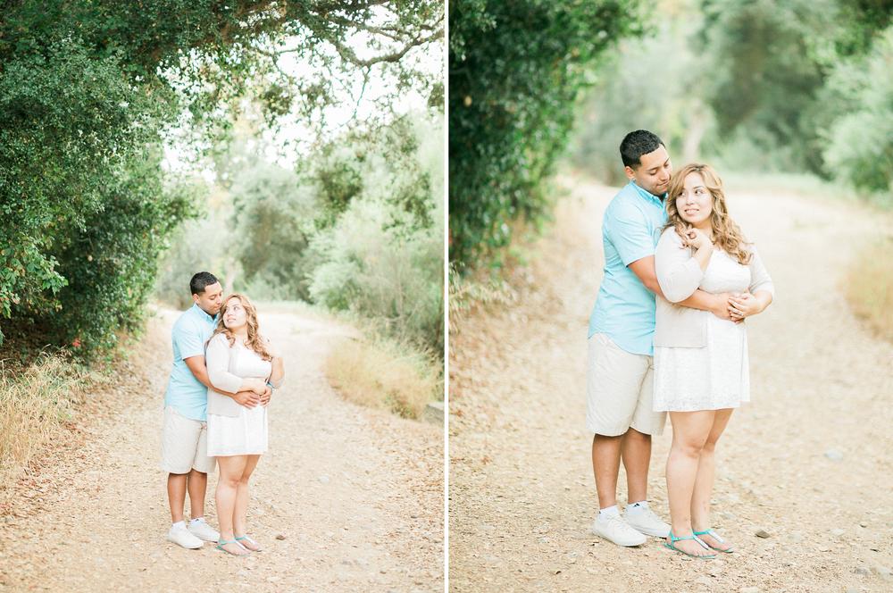 romantic-woodsy-engagement-7.jpg