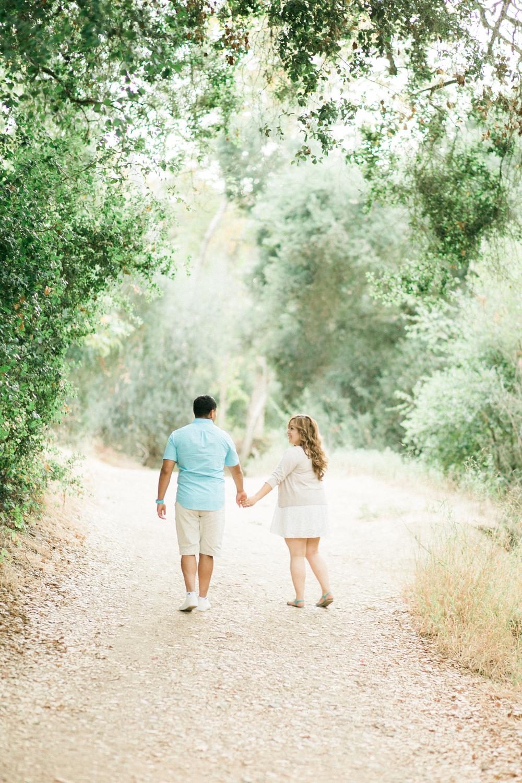romantic-woodsy-engagement-18.jpg