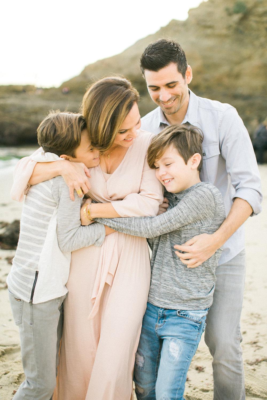 laguna-beach-family-photos-4.jpg