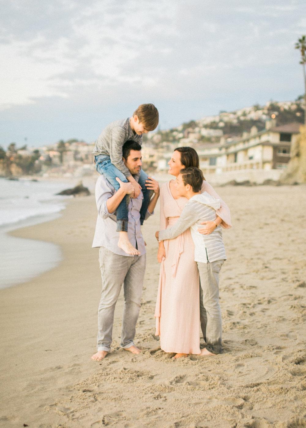 laguna-beach-family-photos-22.jpg