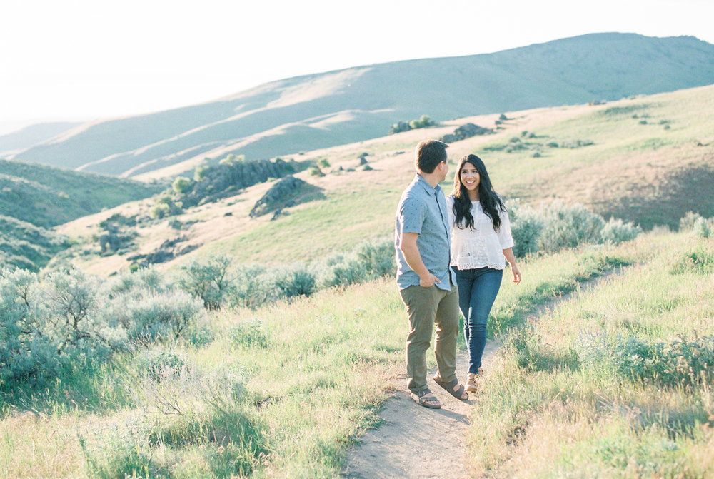 boise-idaho-engagement-photos-eagle-meridian-12.jpg