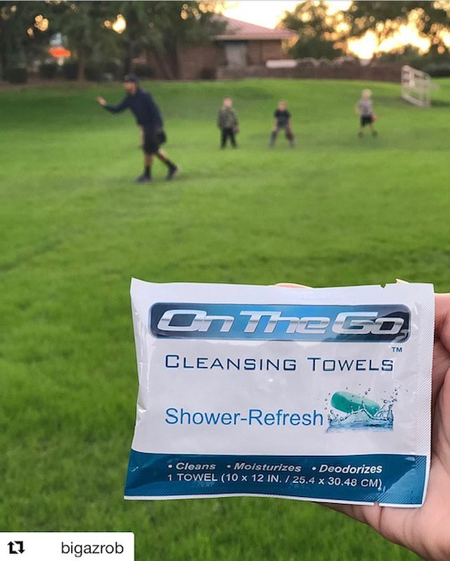 No matter where you are and what you do On The Go Towels will always come to your rescue! Stay Clean and Refreshed On-The-Go with the best large body wipes! 👍🚿😁 Repost @bigazrob Out at the ball park and no restrooms around...how else do we keep our kids and their grubby hands clean on the go? We rip open one of these bad boys and suddenly we're back in business! Fresh n clean✨ Hit up the link below ⬇️⬇️⬇️. .. Www.onthegotowels.com @onthegotowels • • Use my code 💥➡️ bigrob15 ⬅️💥when checking out and save 15% off of your order total.. And if your order is $25 or more you can combine my code with the FreeShip code for free shipping on your order how awesome is that 💯 #bodywipes #running #bodybuilding #gym #triathlon #cycling #crossfit #fitness #motivation #healthylifestyle #spartanrace #fitspo #hiking #mma #jiujitsu #travel #shredded #camping #girlsthatlift #fitnessjourney #backpacking #aesthetic #summer #determination #boxing #cardio #tennis