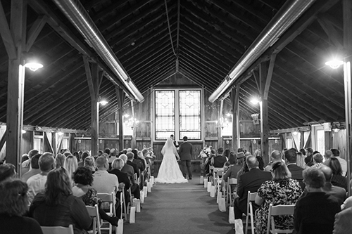 barn wedding ceremony wisconsin