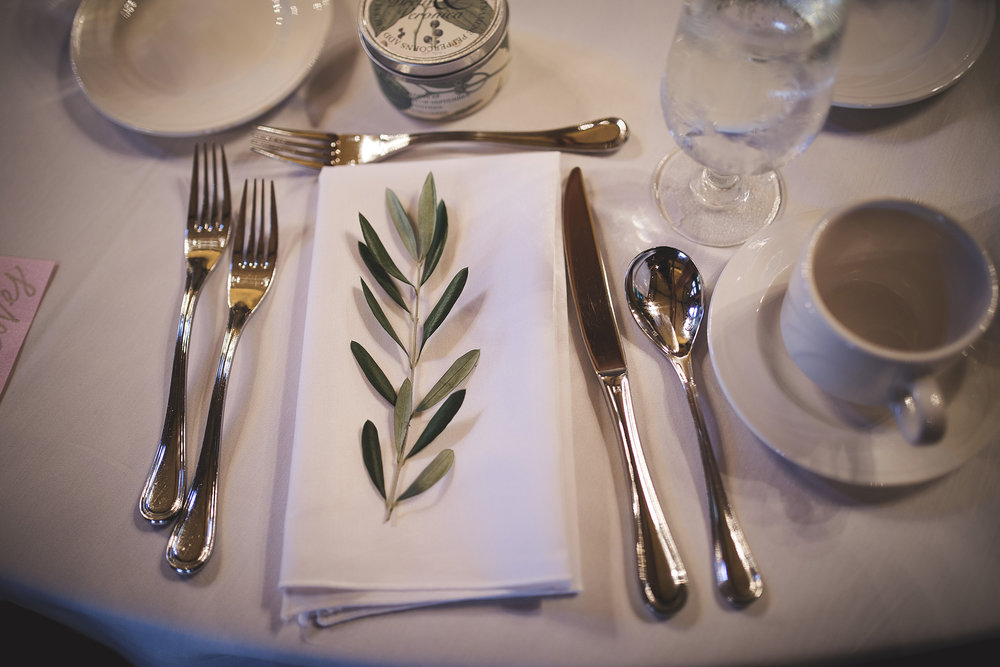 wedding greenery simple organic natural minimalism table settings