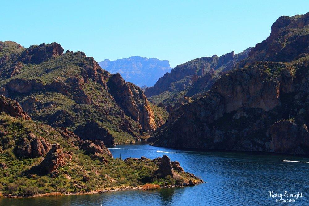 Kaley+Enright+Photography+Lake+Saguaro+AZ+lookout.jpg