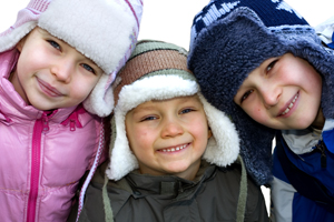 kids-in-winter-200-300