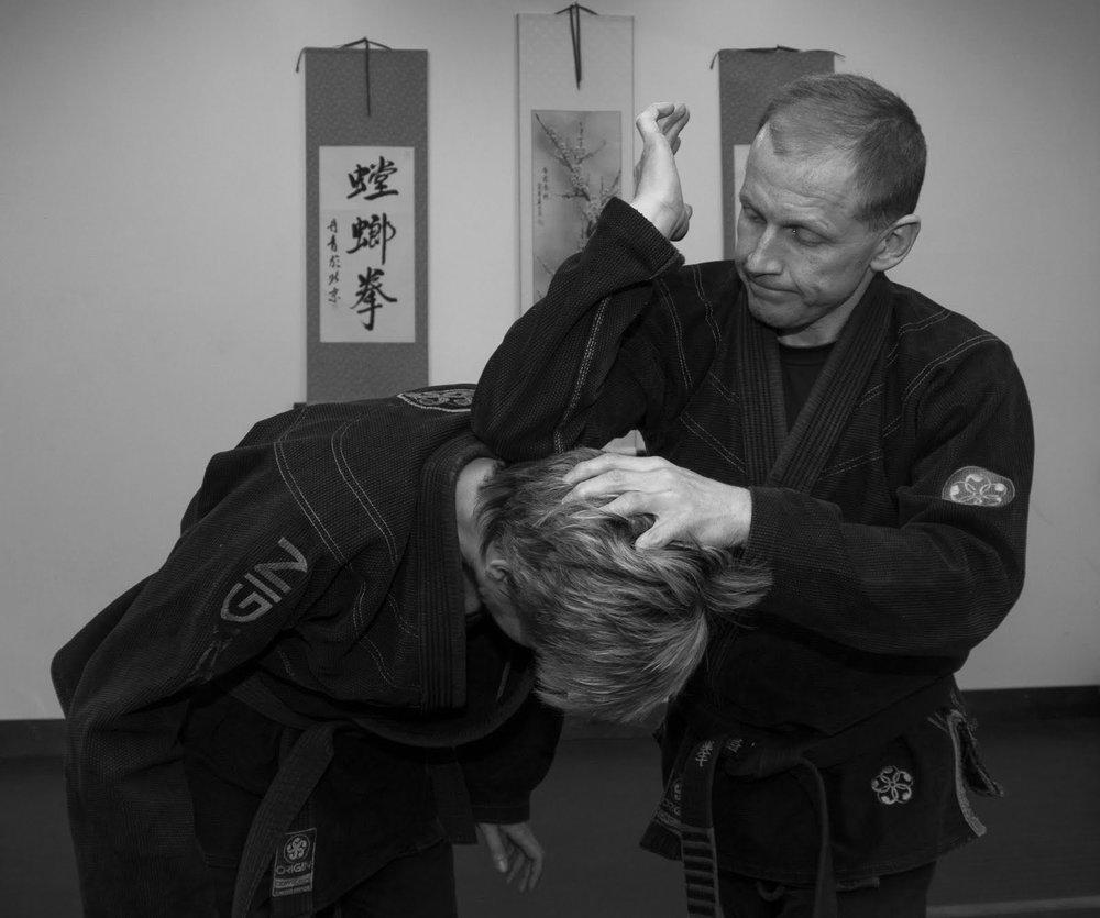 Cervical Spin - Downward Elbow Strike