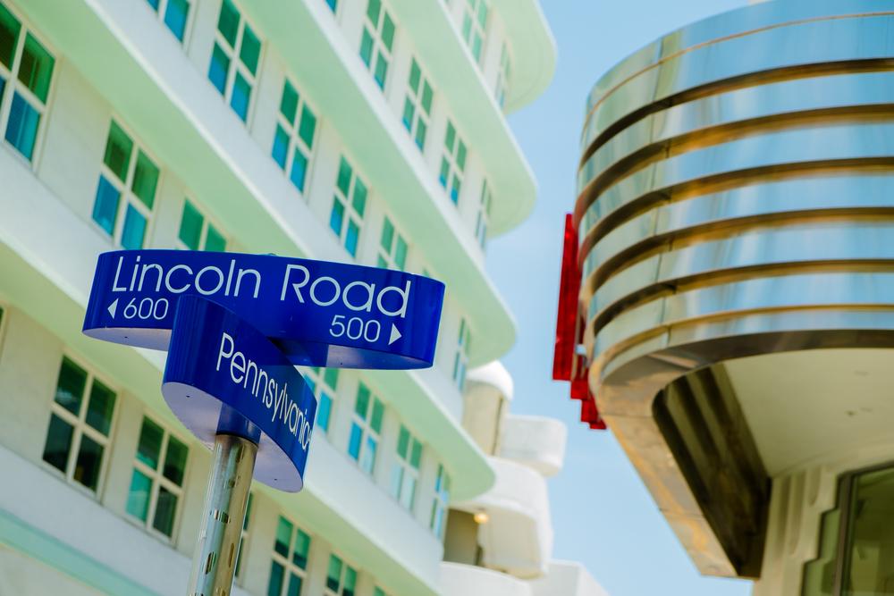 VANEAU VILLEJUST Rent in MIAMI Art Deco Street Sign.jpg