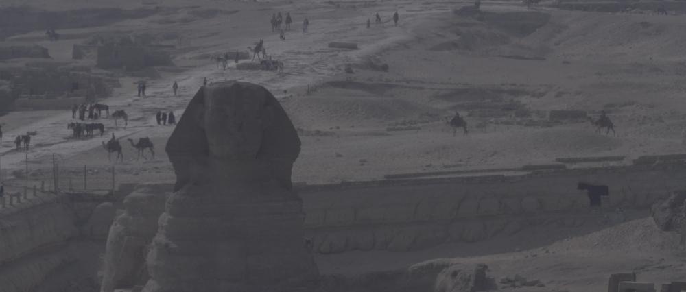 Sara al arab land rover_1.6.2.jpg