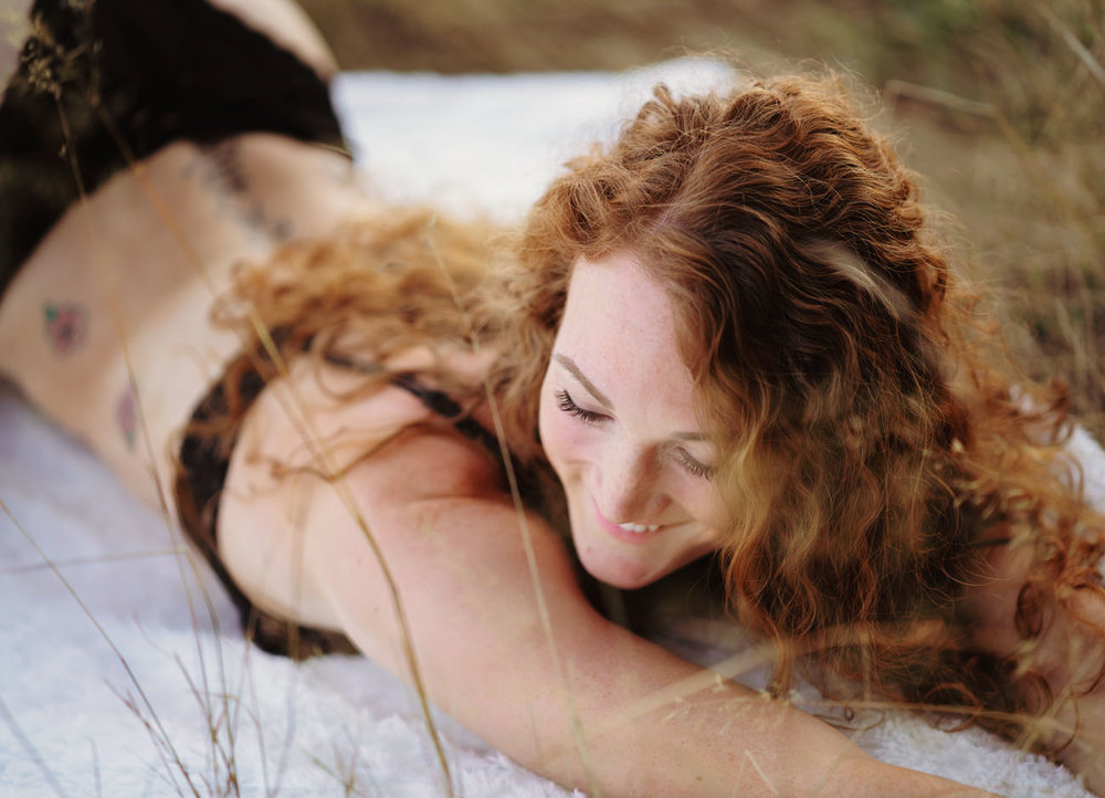 outdoor-boudoir-sarah-havens-photography-summer (3).jpg