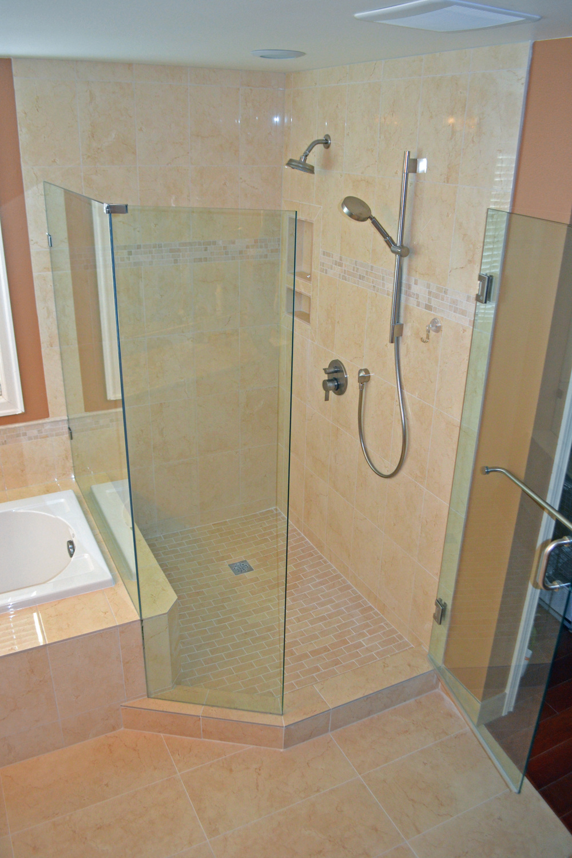 Bellinello Shower After.jpg