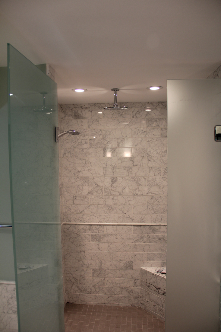 Mast Shower 2.jpg