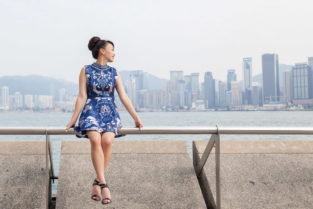 A gorgeous view of the Hong Kong skyline via The Chic Diary
