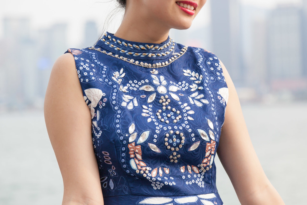 Details of the blue SheIn dress on The Chic Diary