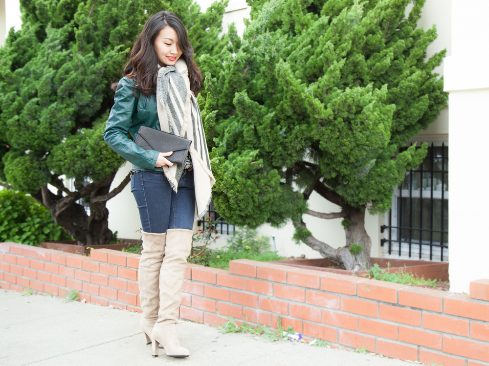 Soft Knee-High Boots | via The Chic Diary