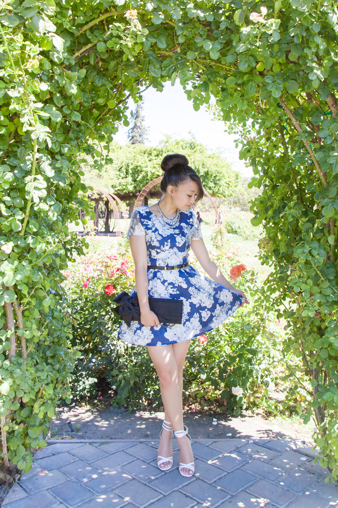Navy Floral Dress | via The Chic Diary