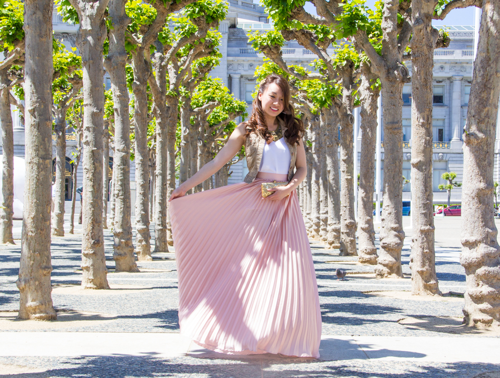 Pleats on pleats | via The Chic Diary
