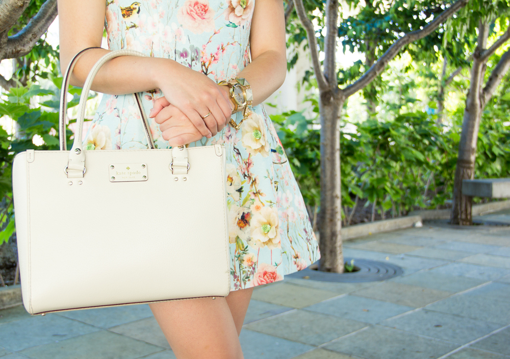 Kate Spade structured bag | via The Chic Diary