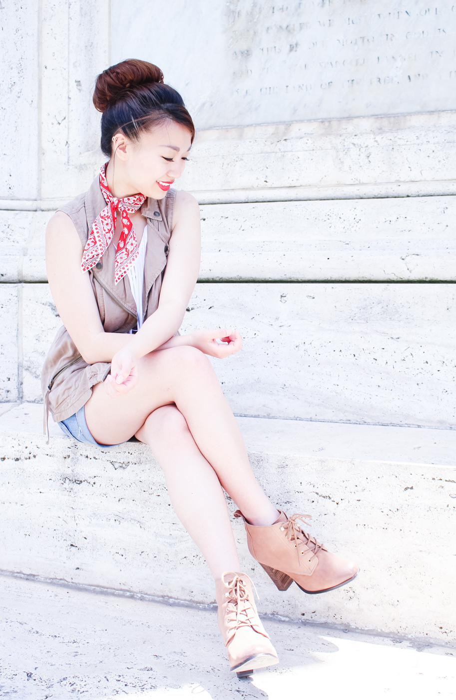 Madewell red bandana scarf | The Chic Diary