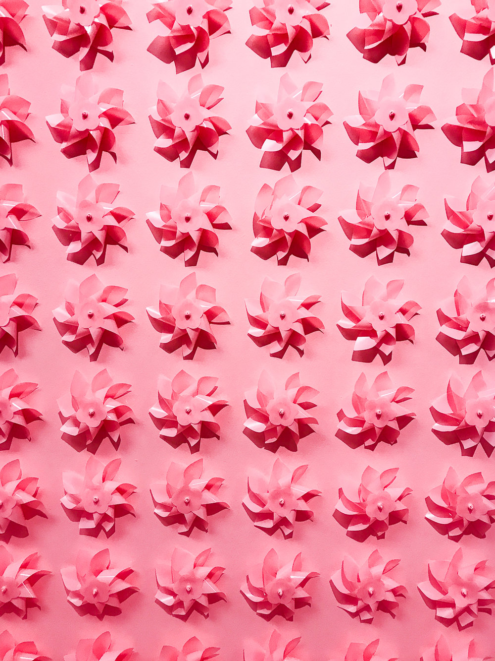 Pinwheels in MOIC's Ring Toss Room | The Chic Diary