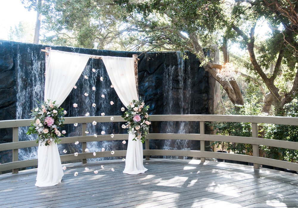 Calamigos Ranch - The Oak Room Wedding | The Chic Diary