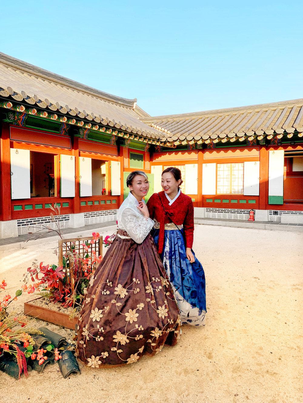 Hanbok Rental Gyeongbokgung | Seoul, Korea Travel Guide | The Chic Diary
