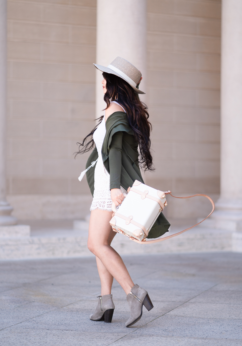 Consciously Chic | The Chic Diary