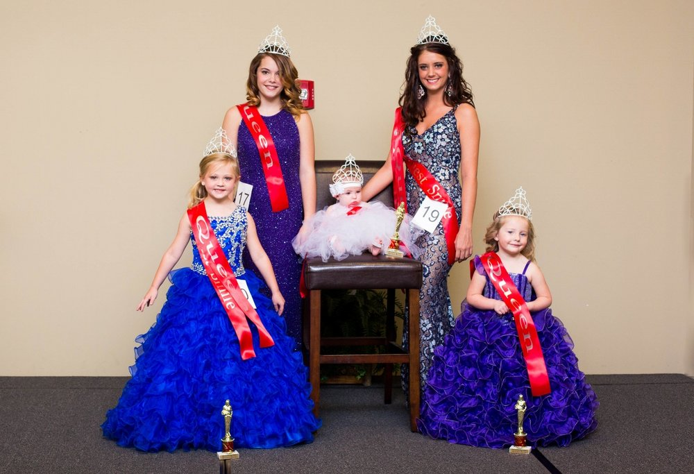 2016 Winners: (L-R) Petite Miss Poppy: Khylee Hanson, Teen Miss Poppy: Hannah Seagraves, Baby Miss Poppy: Georgia Grace Lowry                                                            Miss Poppy: Scarlett Mae Flynn, Toddler Miss Poppy: Rosalyn Abbott.