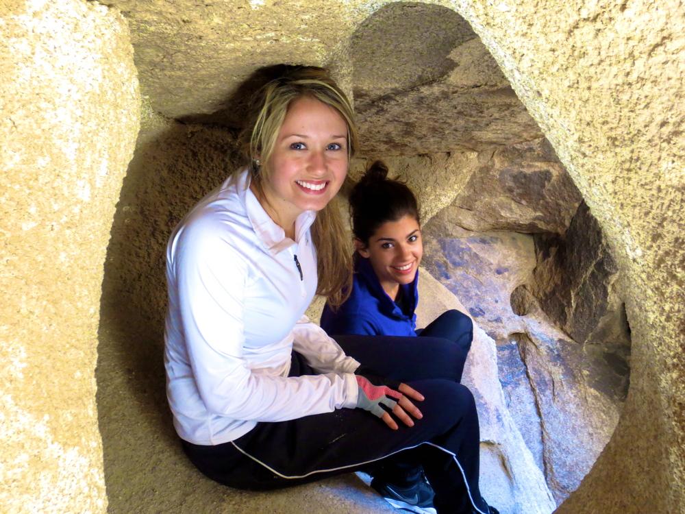 Kaci Nicole - Bouldering in Joshua Tree