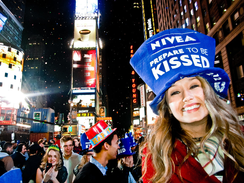 Kaci Nicole - NYE in NYC - Times Square Ball Drop