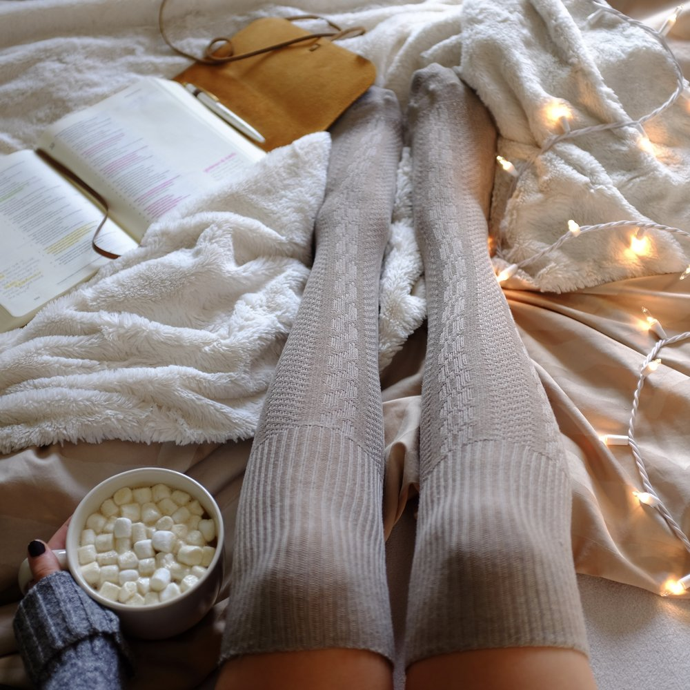 Kaci Nicole - Cozy Christmas Morning.jpg