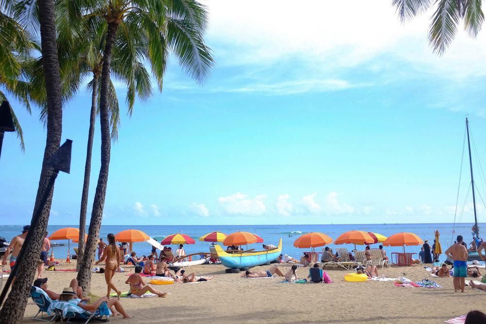 Waikiki Beach - 13 Things To Do On Oahu | Kaci Nicole