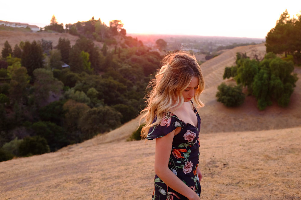 3 Things That Happen When You Let Others Help You | Kaci Nicole