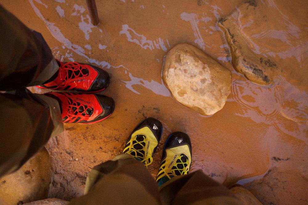 Zion Outfitters Hiking Boots | Kaci Nicole.jpg