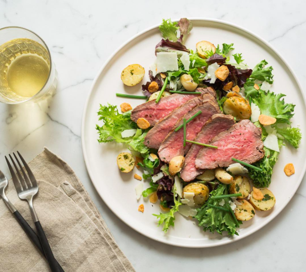 munchery You pay attention to the #news, we'll take care of dinner.