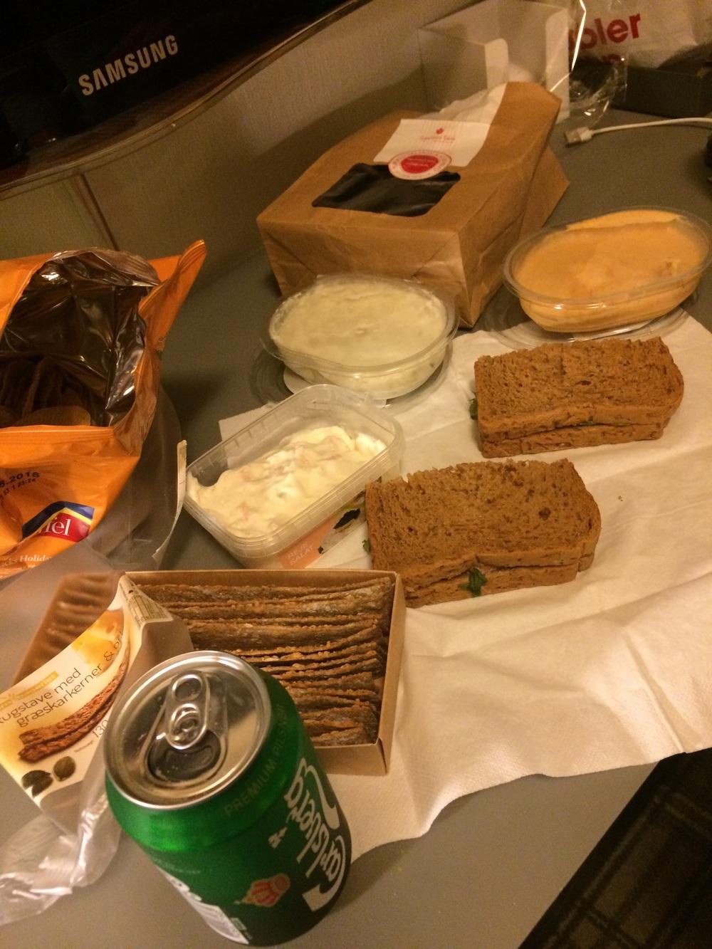 Hotel picnic!