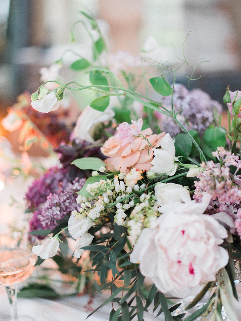 christinadavisphotography+romantic+greenhouse+jardindebuis+styledshoot52.jpg