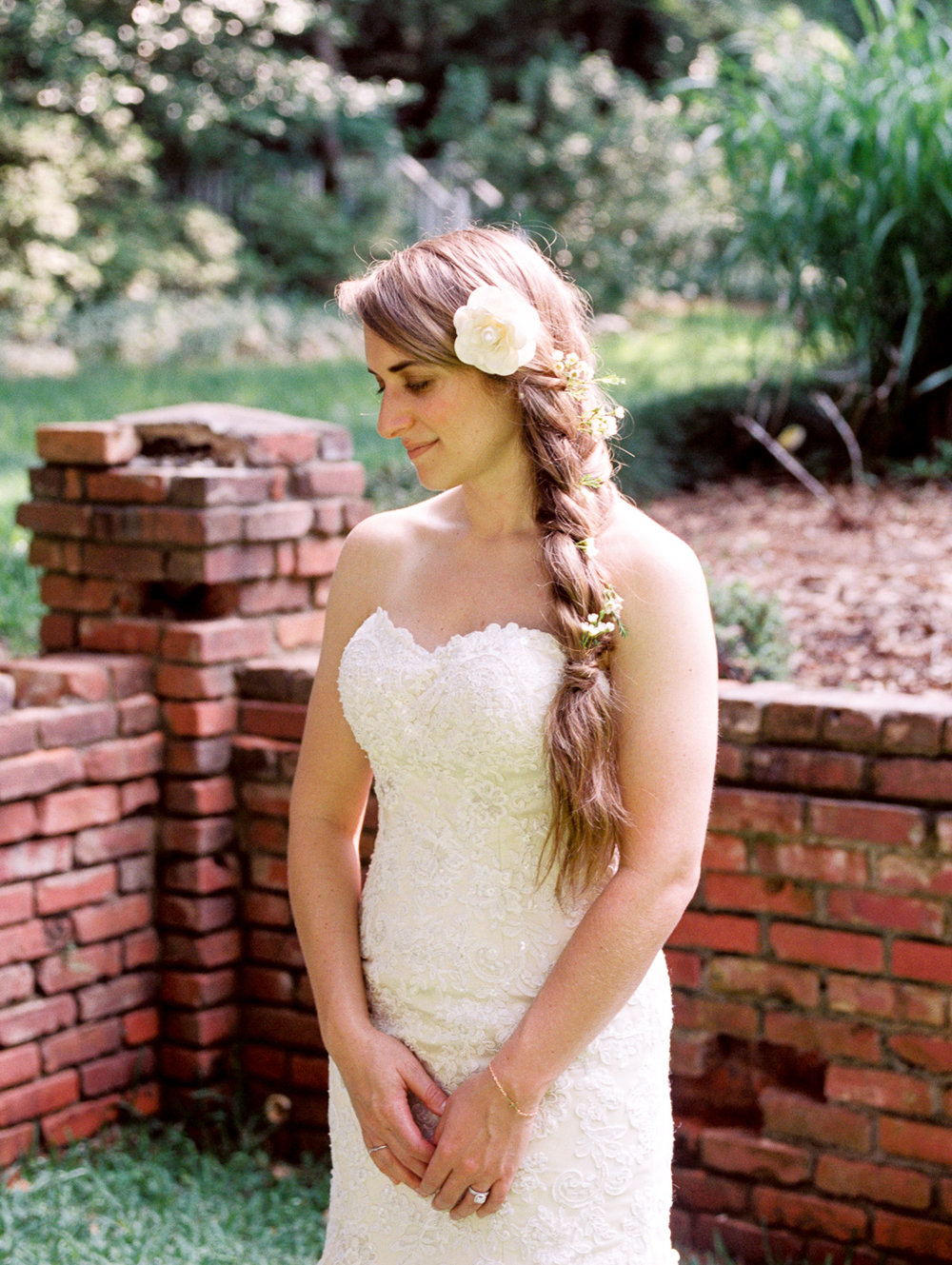 christinadavisphotography-romanticwedding-gardenweddinginspiration04.jpg
