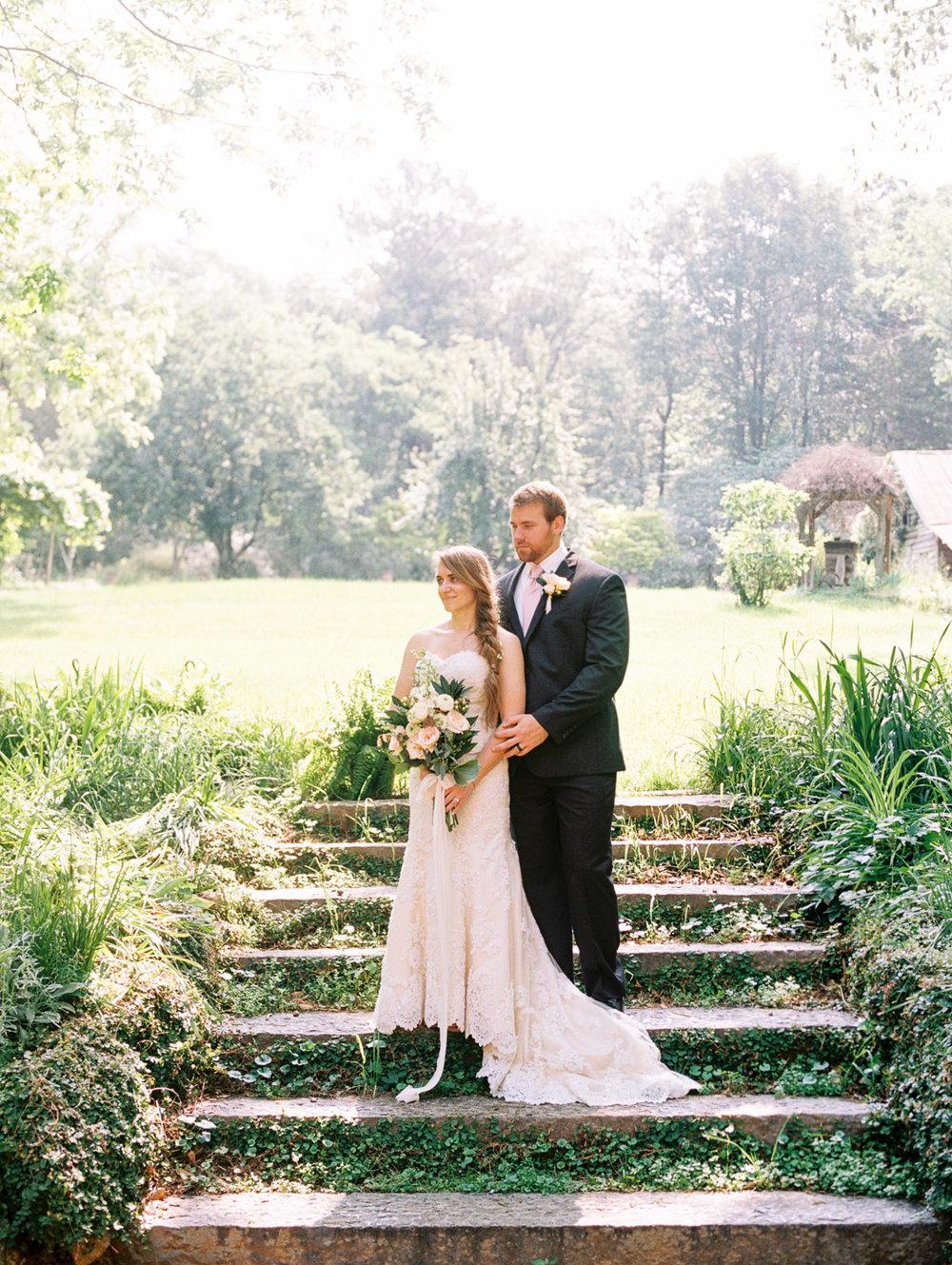 christinadavisphotography-romanticwedding-gardenweddinginspiration08.jpg