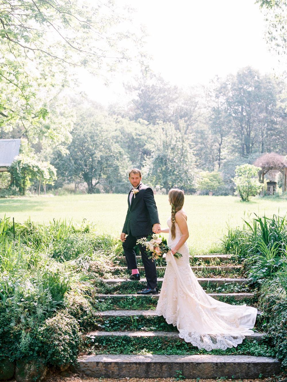 christinadavisphotography-romanticwedding-gardenweddinginspiration09.jpg