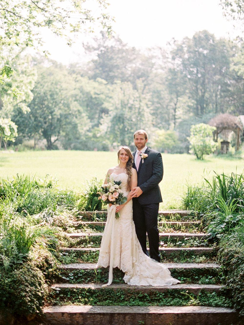 christinadavisphotography-romanticwedding-gardenweddinginspiration23.jpg