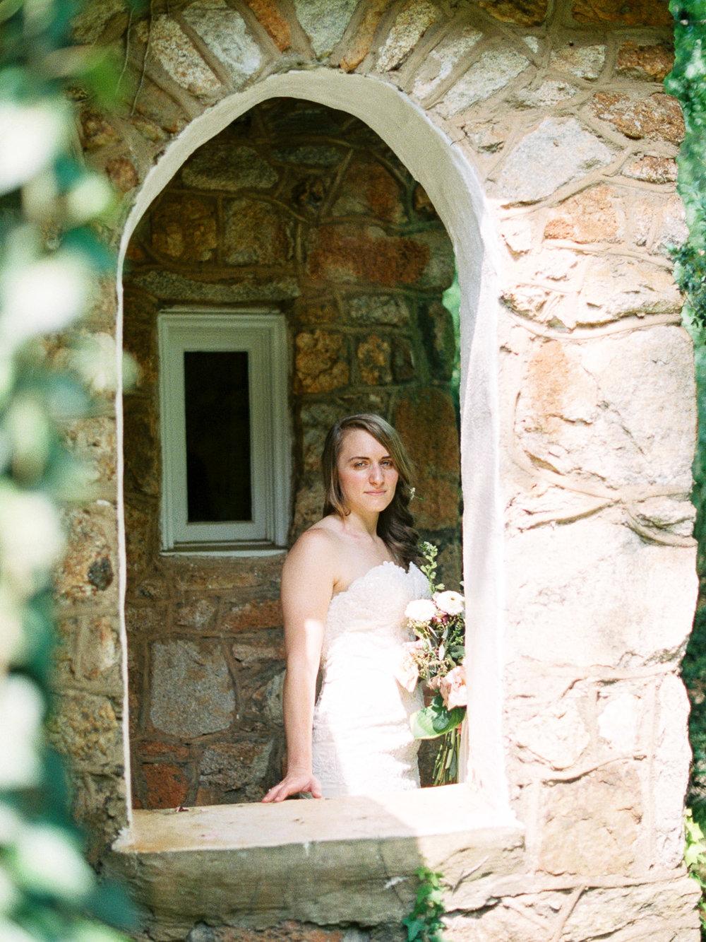 christinadavisphotography-romanticwedding-gardenweddinginspiration33.jpg