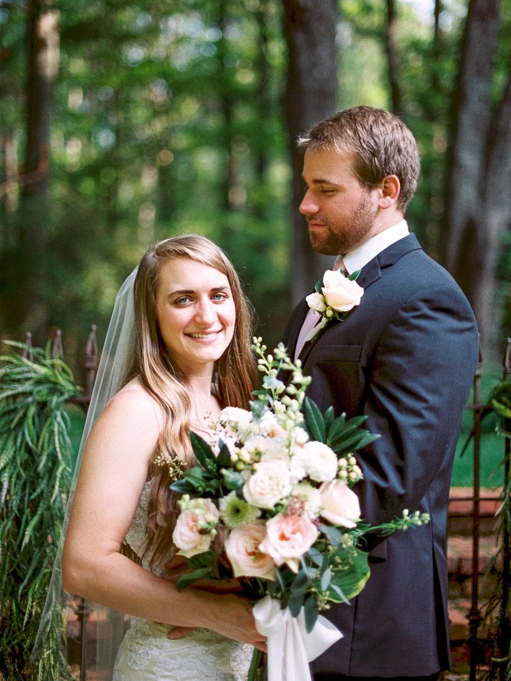 christinadavisphotography-romanticwedding-gardenweddinginspiration36.jpg