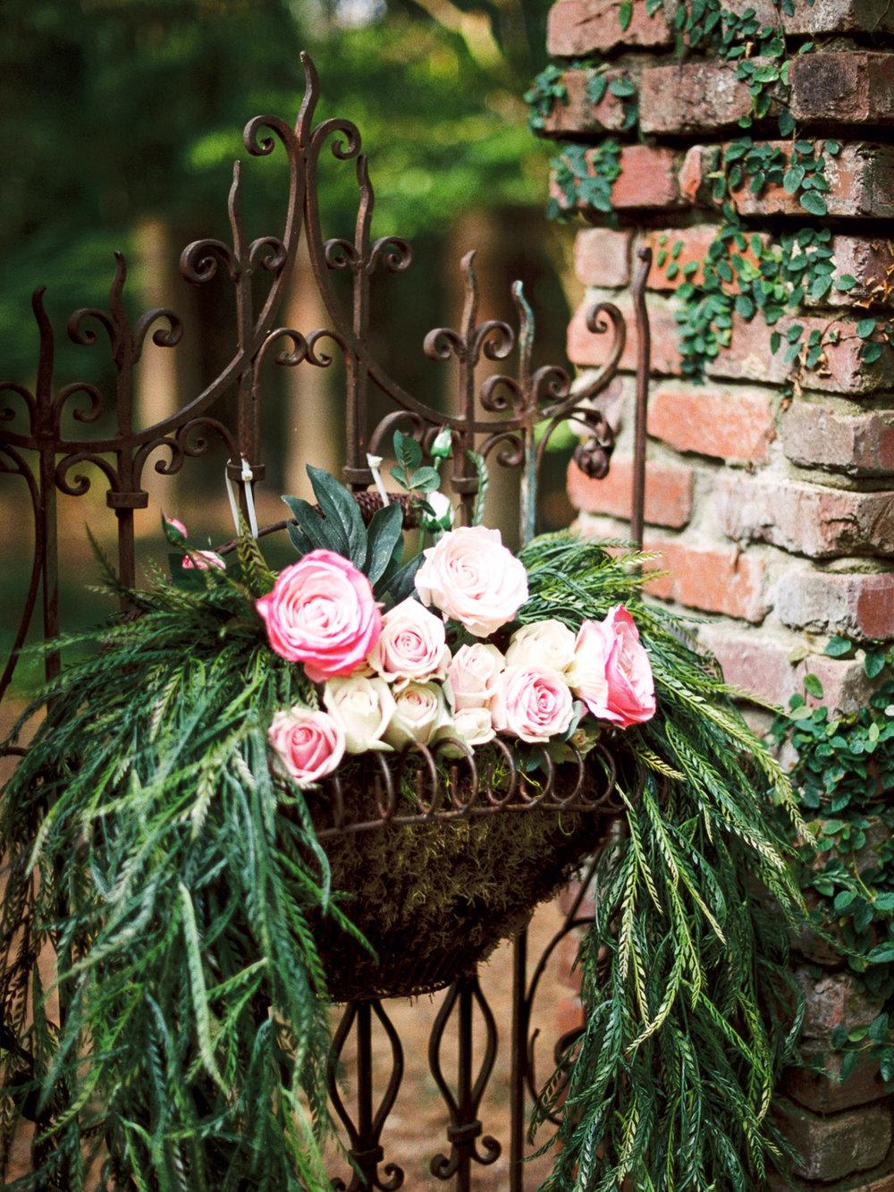 christinadavisphotography-romanticwedding-gardenweddinginspiration45.jpg