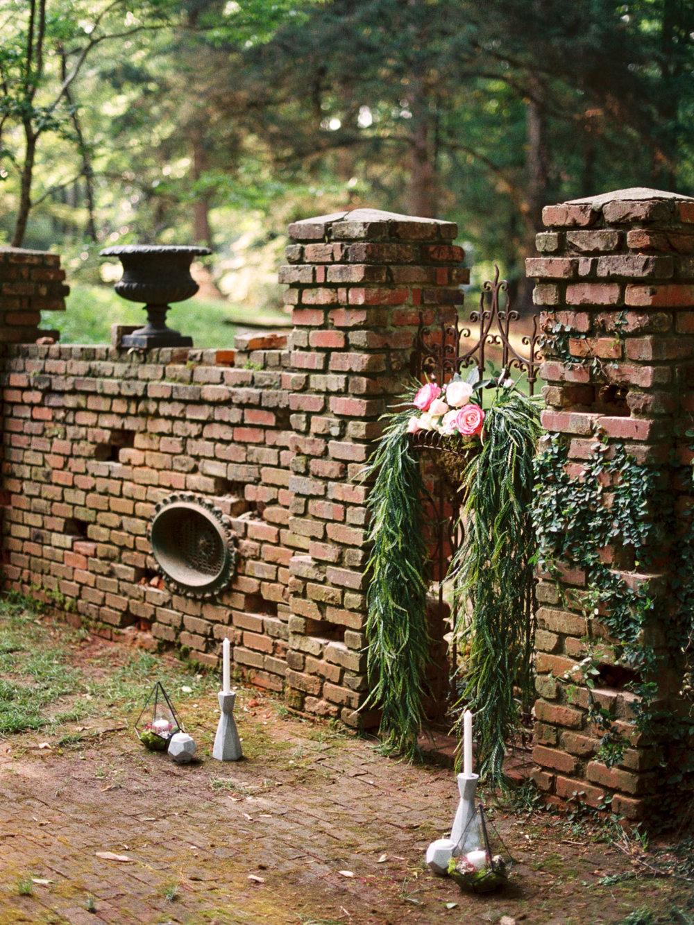 christinadavisphotography-romanticwedding-gardenweddinginspiration46.jpg