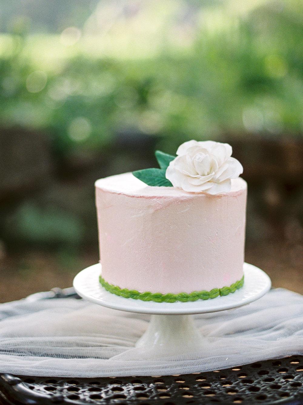 christinadavisphotography-romanticwedding-gardenweddinginspiration55.jpg