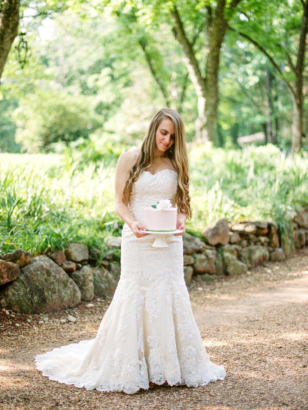 christinadavisphotography-romanticwedding-gardenweddinginspiration56.jpg